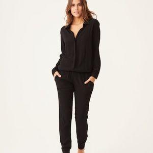 MONROWCrepe Long Sleeve Jumpsuit Black Sz M EUC!